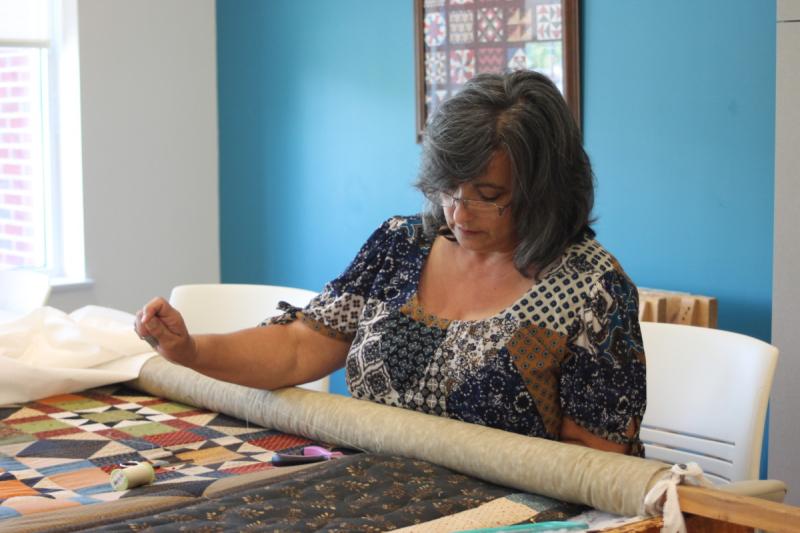 Anna-DAngona-working-on-quilt-at-Jonesborough-Senior-Center